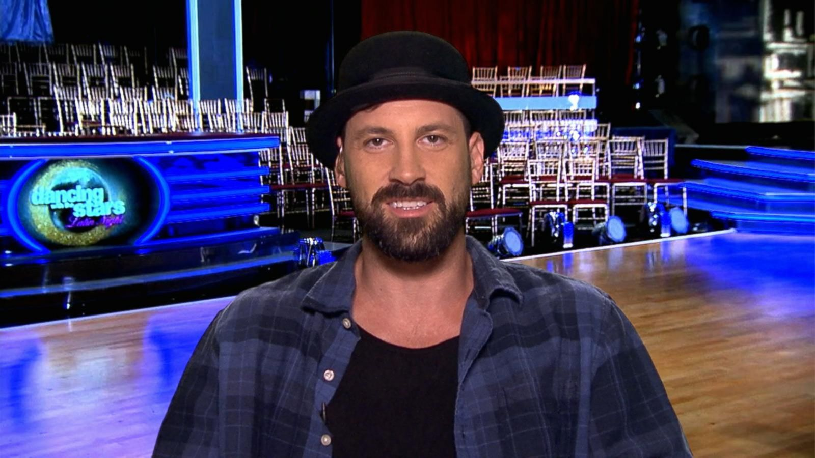 VIDEO: 'DWTS': Maksim Chmerkovskiy Makes a Big Announcement on 'GMA'