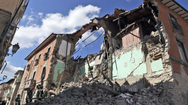New ESl lesson plans - Death Toll Climbs After Italy Earthquake