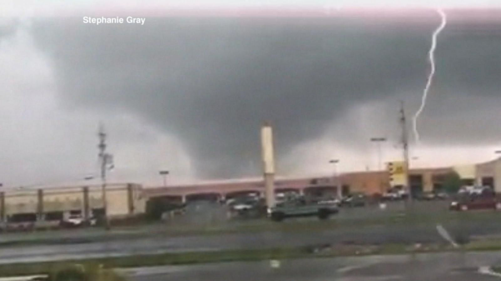 VIDEO: Flash Floods and Tornadoes Hit the Midwest