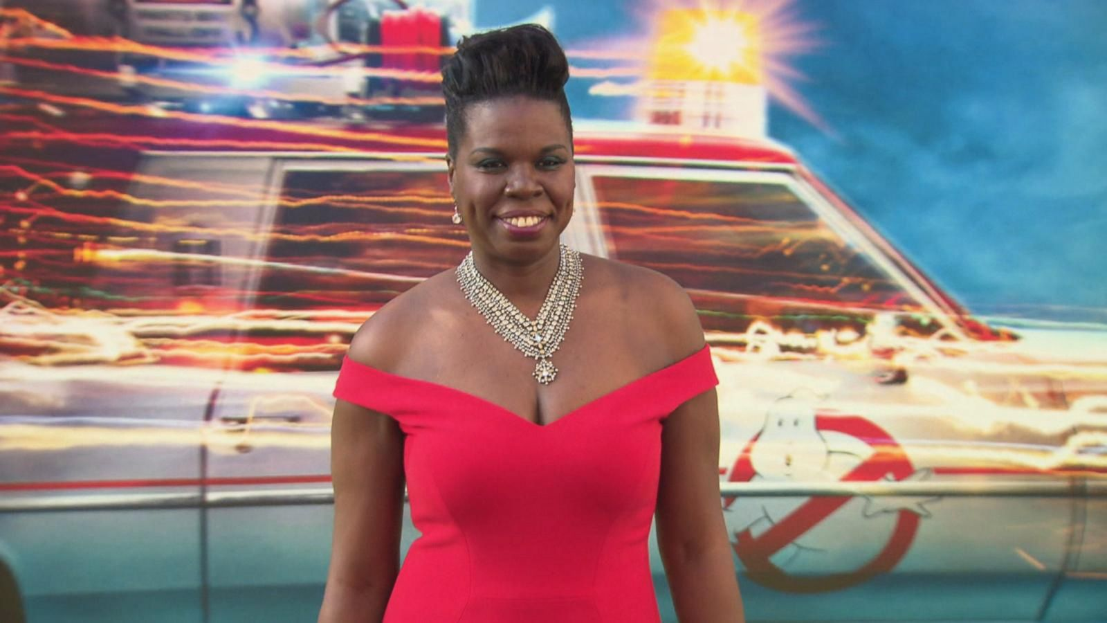 VIDEO: Hollywood Rallies Behind 'SNL' Star Leslie Jones After Her Personal Website Is Hacked