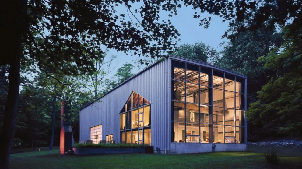 This One-of-a-Kind House Is Inside an Airplane Hangar - ABC News