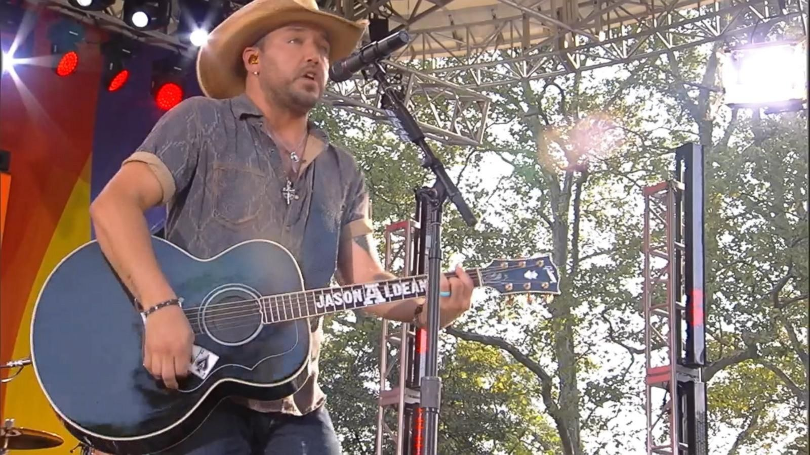 VIDEO: Jason Aldean Sings 'When She Says Baby' on 'GMA'