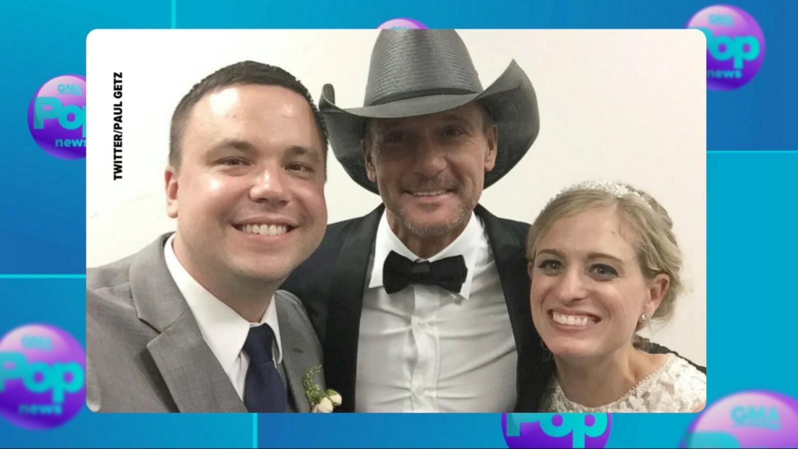 VIDEO: Tim McGraw Crashes Philadelphia Wedding