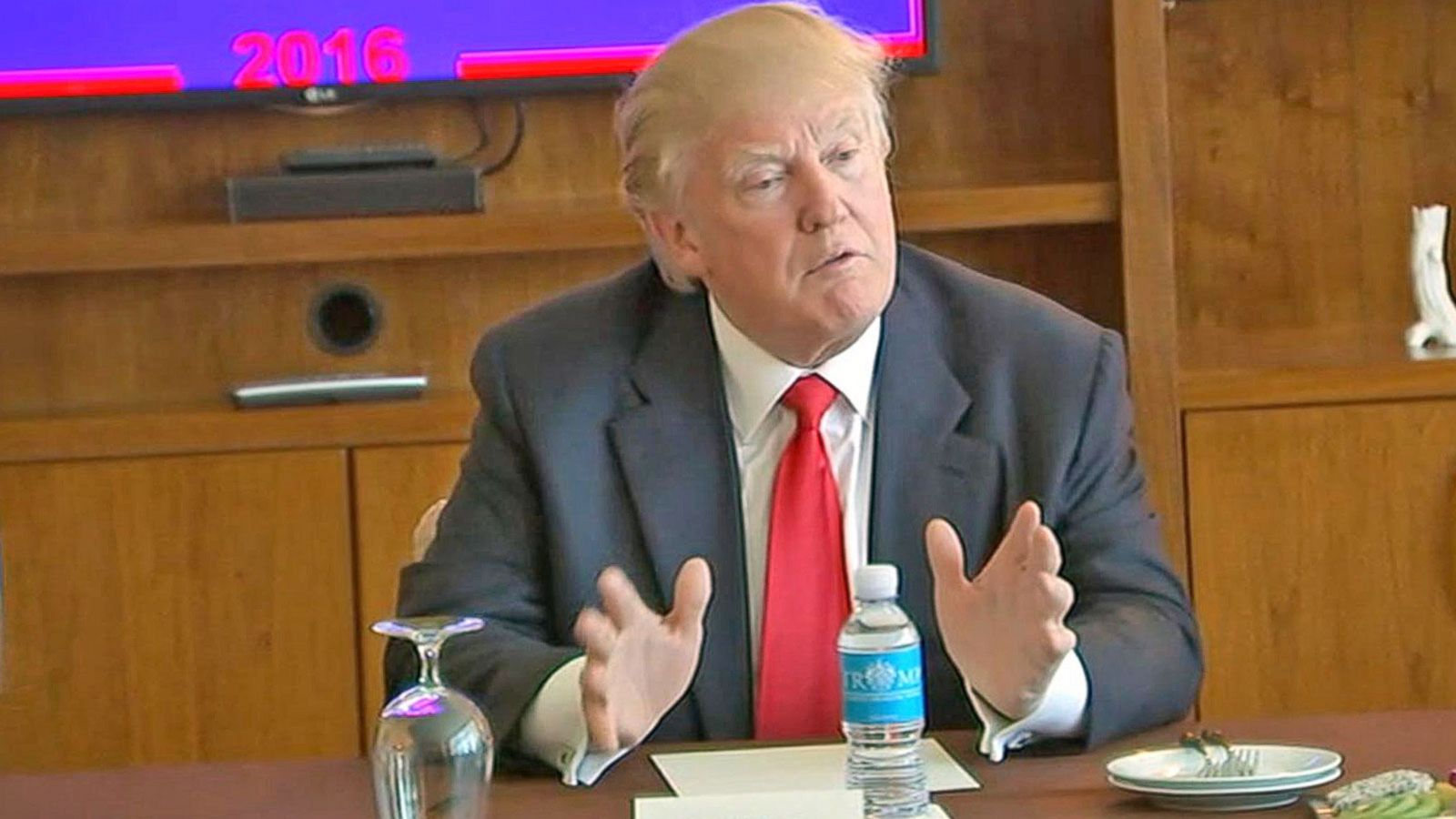 VIDEO: Donald Trump Accepts Meeting With Mexico's President