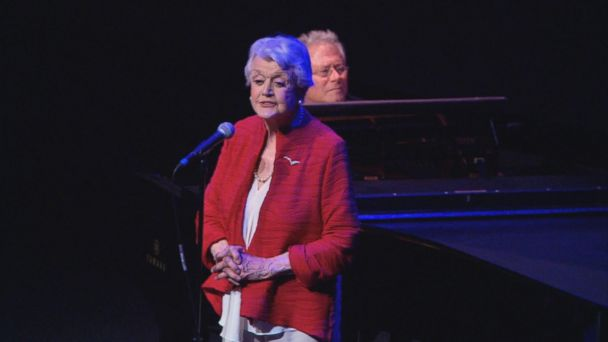 VIDEO: Angela Lansbury Sings 'Beauty and the Beast' for Film's 25th Anniversary