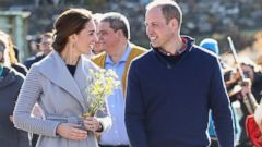 VIDEO: Royals in Love: Decoding Will and Kates Body Language on Canada Tour