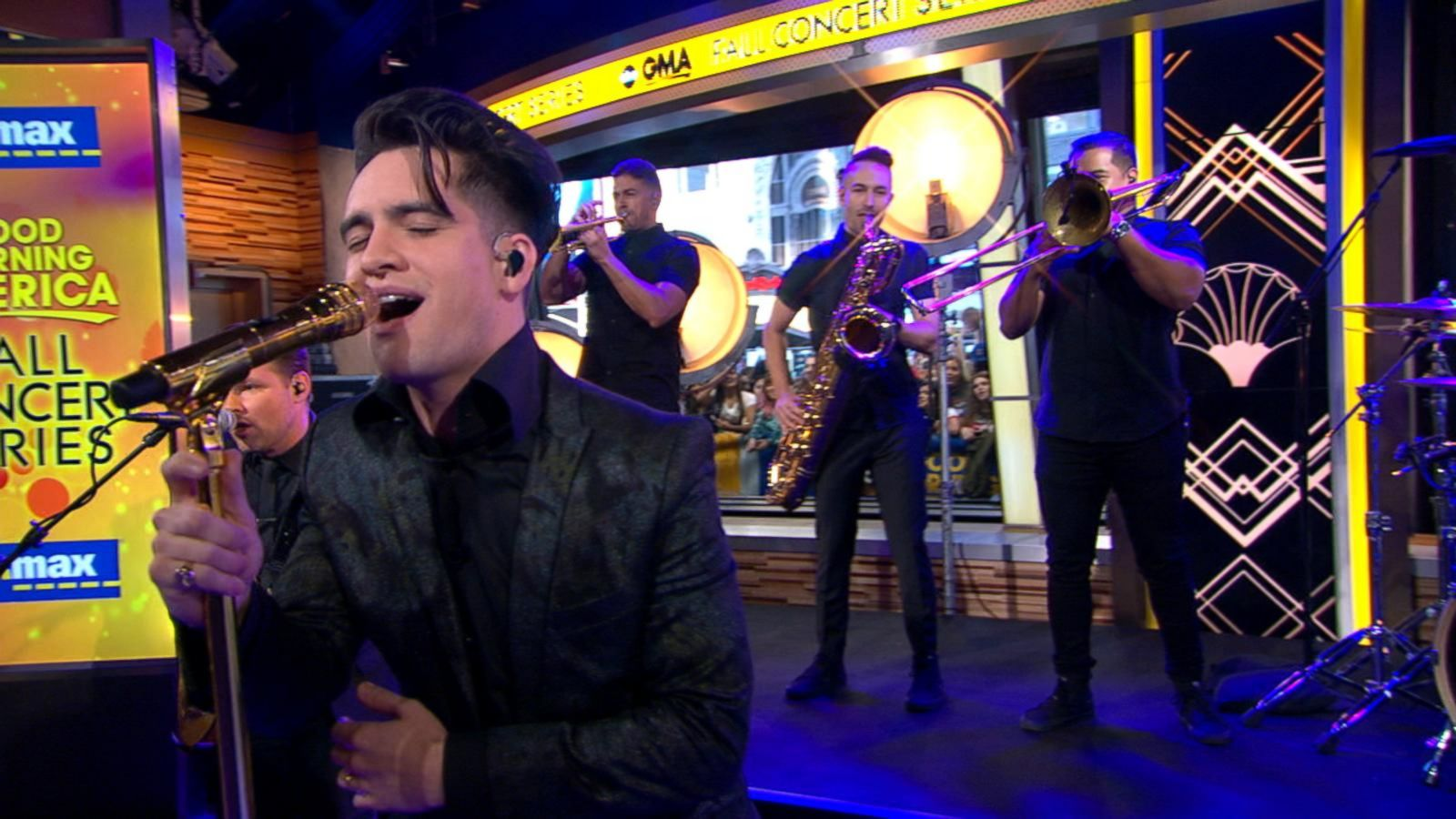 VIDEO: Panic! at the Disco Performs 'La Devotee' on 'GMA'