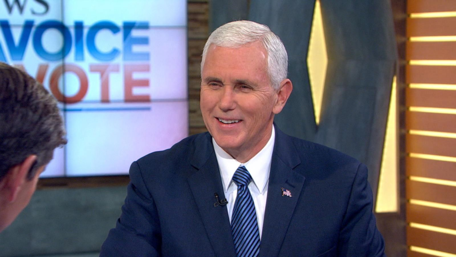 VIDEO: Mike Pence Reacts to Airplane Incident