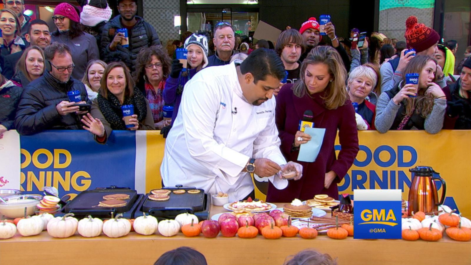 VIDEO: Kids Decorate Scary Face Pancakes on 'GMA'