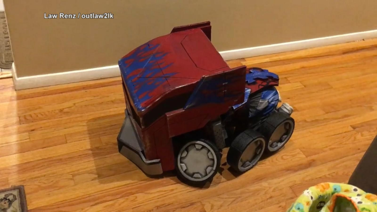 VIDEO: Kid's Transforming Transformers Costume Rocks