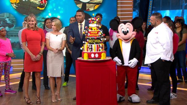 VIDEO: Mickey Mouse Celebrates His Birthday Live in Times Square