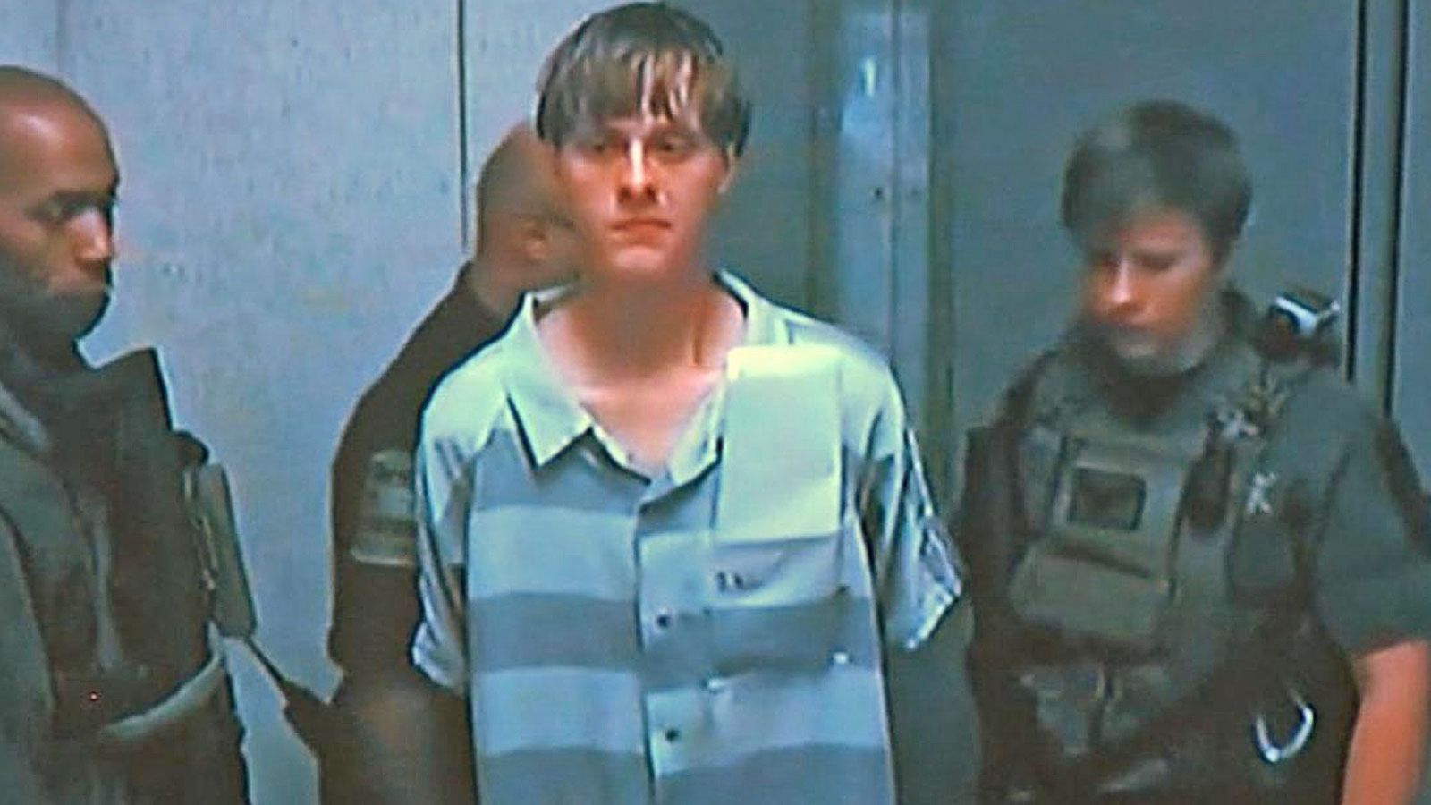 VIDEO: Alleged Charleston Church Shooter's Confession Shown in Court