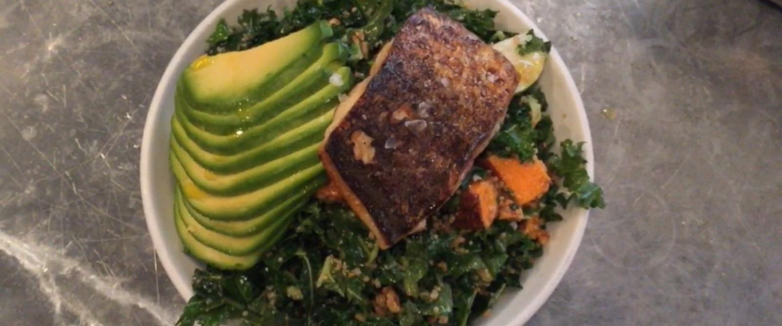 VIDEO: Kale and Avocado Salad with Mackerel
