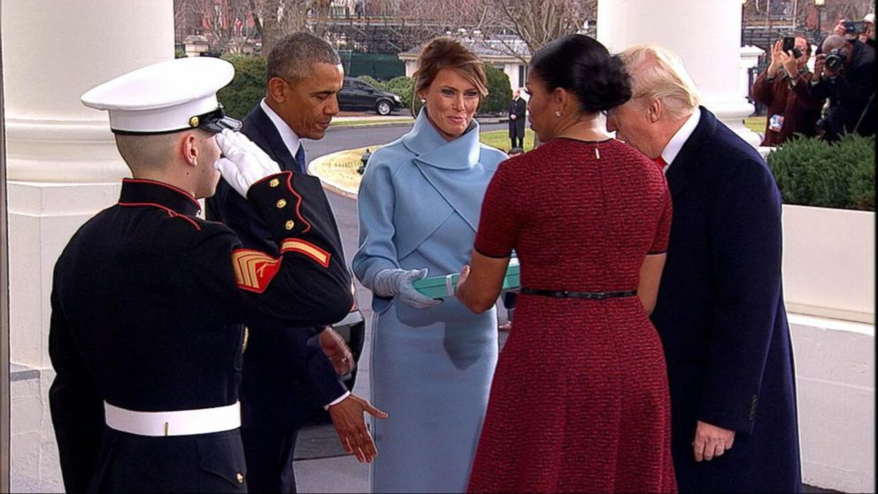 Speculation Grows Over Melania's Tiffany Box Gift to Michelle ...