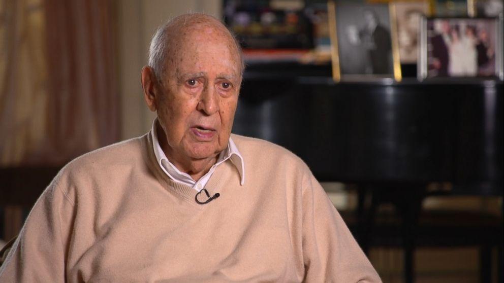 WATCH:  'Dick Van Dyke Show' Creator Remembers Mary Tyler Moore