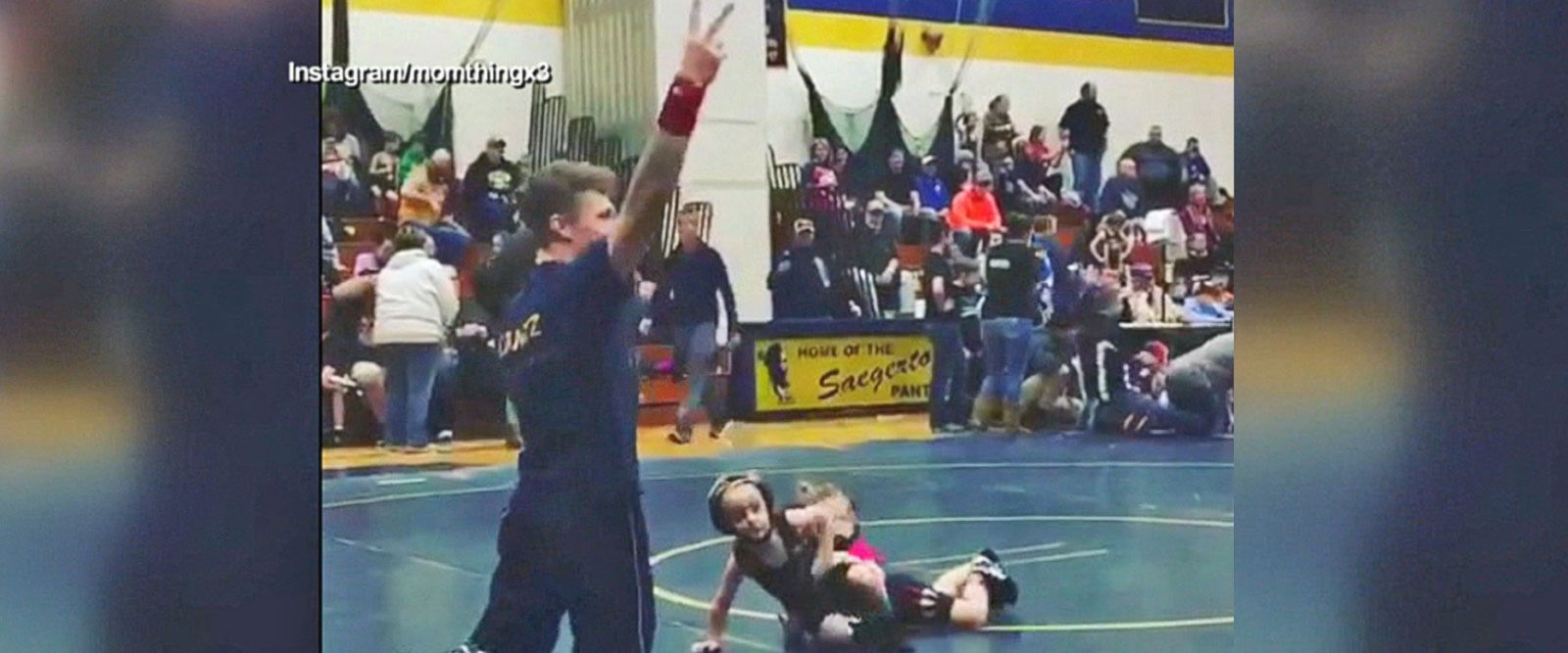 VIDEO: Boy runs from girl in toddler wrestling match