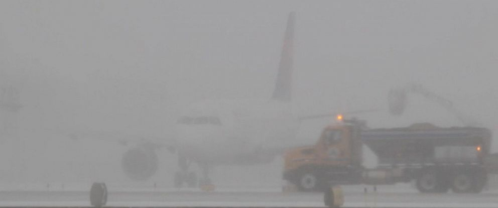 VIDEO: Flights, trains canceled amid Northeast winter storm