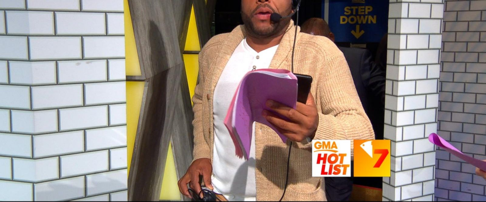 VIDEO: 'GMA' Hot List: Anthony Anderson and Kristen Bell 'produce' 'GMA'