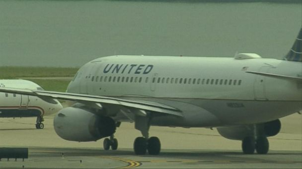 VIDEO: United Airlines faces backlash after passenger dragged off flight