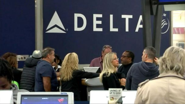 VIDEO: Delta offers passengers up to $10,000 for being bumped from flight
