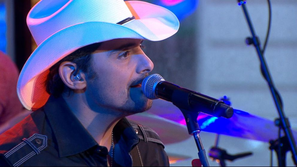 VIDEO: Brad Paisley performs new song, 'Today,' on 'GMA'