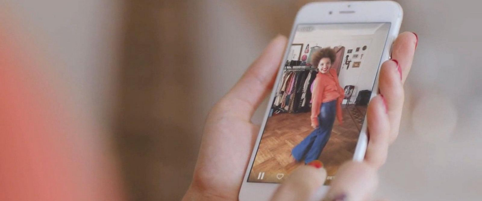 VIDEO: Amazon's Alexa gets makeover as virtual fashion assistant