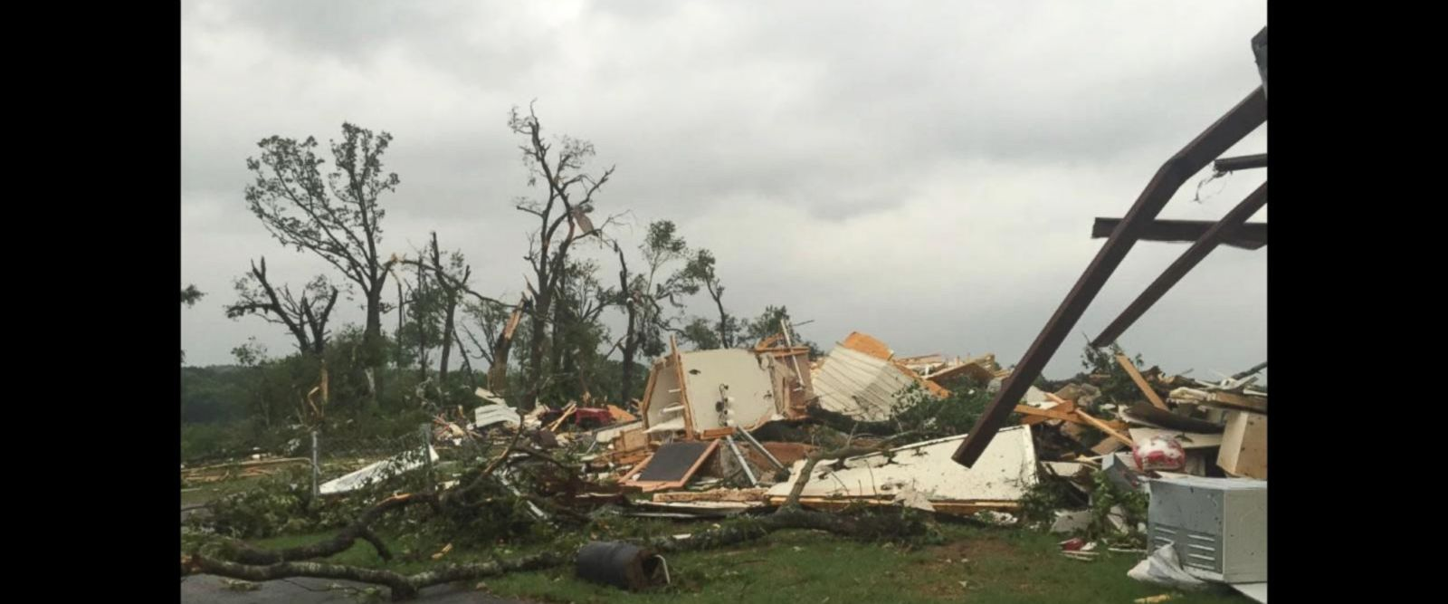 VIDEO: Massive twisters leave Texas homes destroyed
