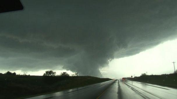 VIDEO: Midwest slammed by multi-day tornado outbreak