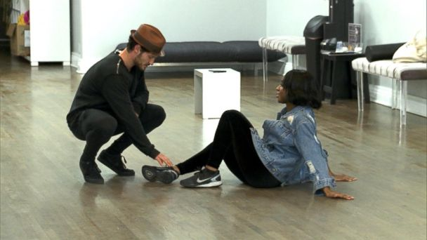 VIDEO: 'DWTS' front-runner Normani Kordei trains through ankle injury