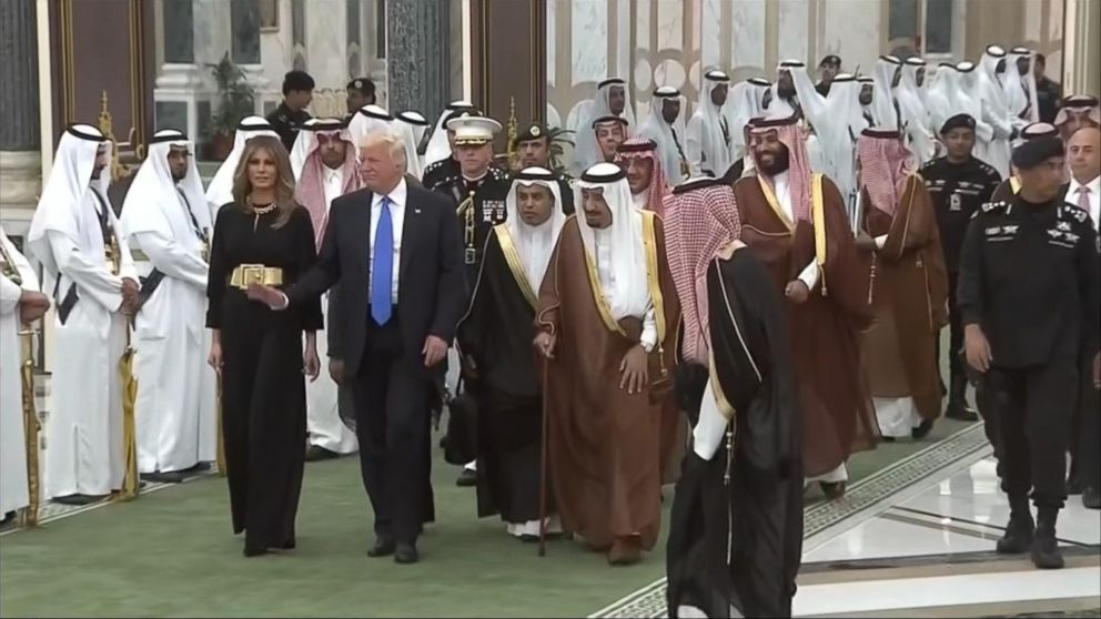 VIDEO: President receives warm welcome in Saudi Arabia