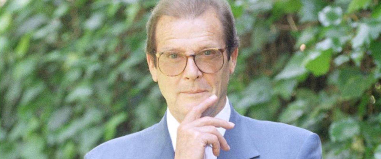 VIDEO: 'James Bond' star Roger Moore dead at 89