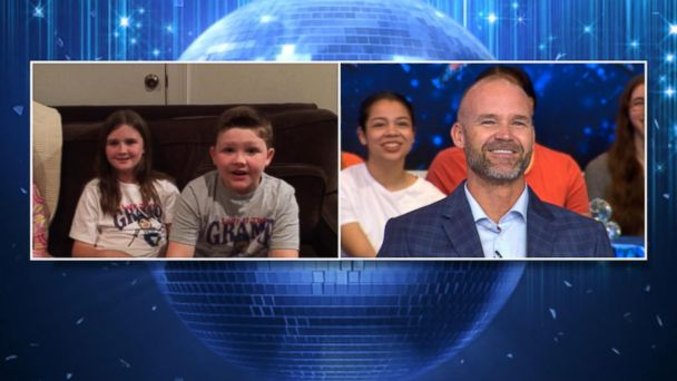 VIDEO: Rashad Jennings, David Ross get special surprise messages from their families