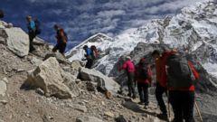 VIDEO: Deaths on Mt. Everest raise safety concerns