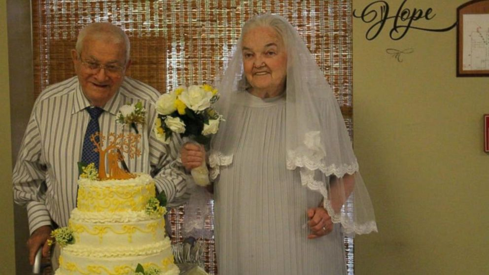 VIDEO: 9 senior citizen couples renew their vows at their senior care center