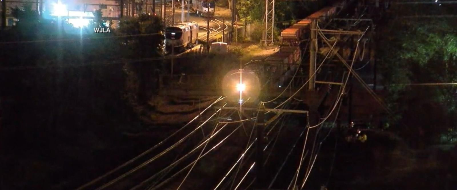 VIDEO: 2 killed on train tracks in Washington, DC