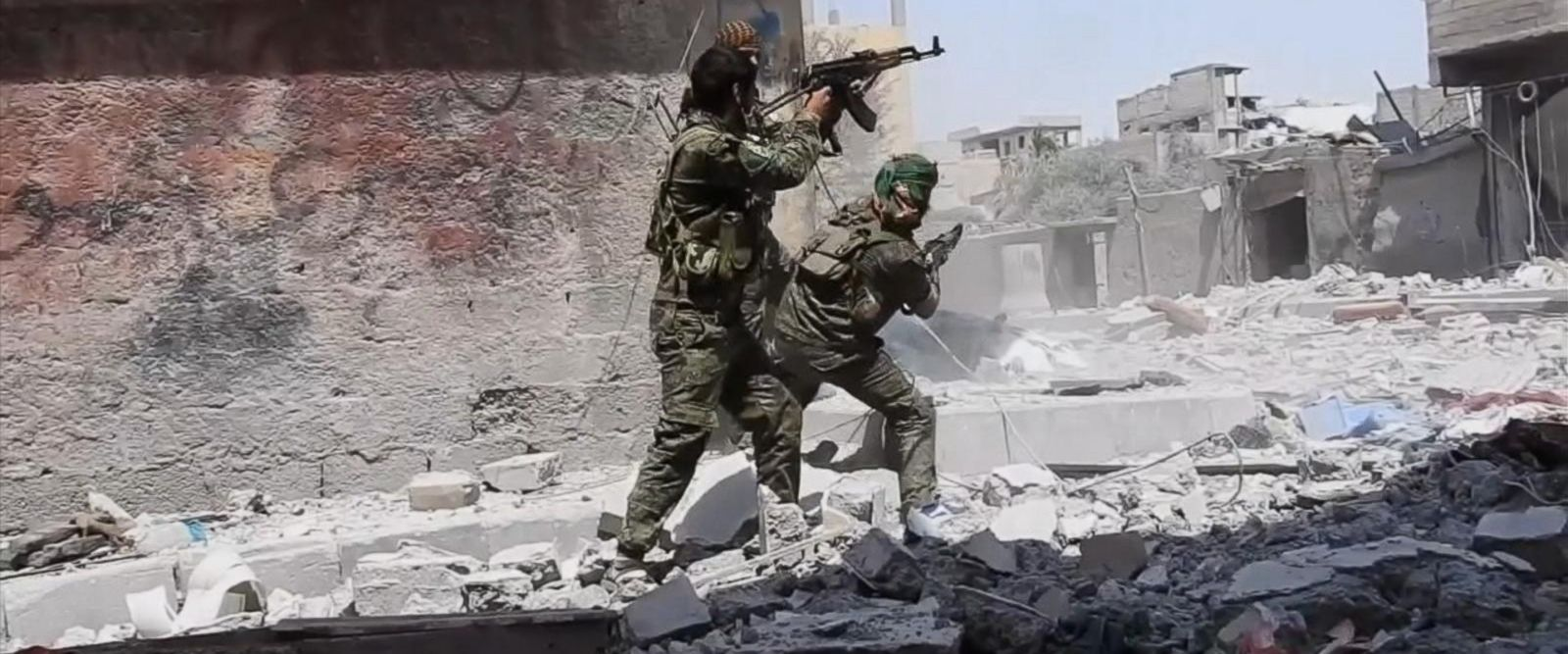 VIDEO: Syrian forces battle ISIS for the city of Raqqa
