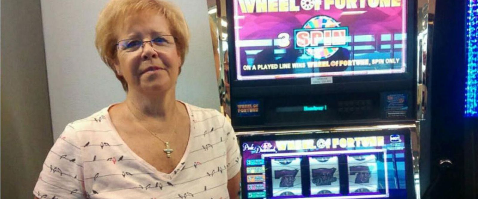 VIDEO: Woman wins $1.6 million on Vegas airport slot machine