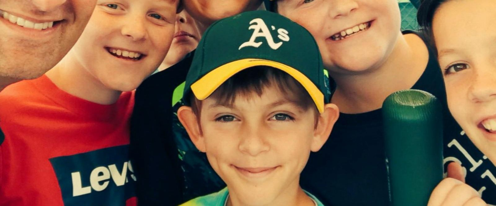 VIDEO: Oakland A's help replace young fan's baseball collection