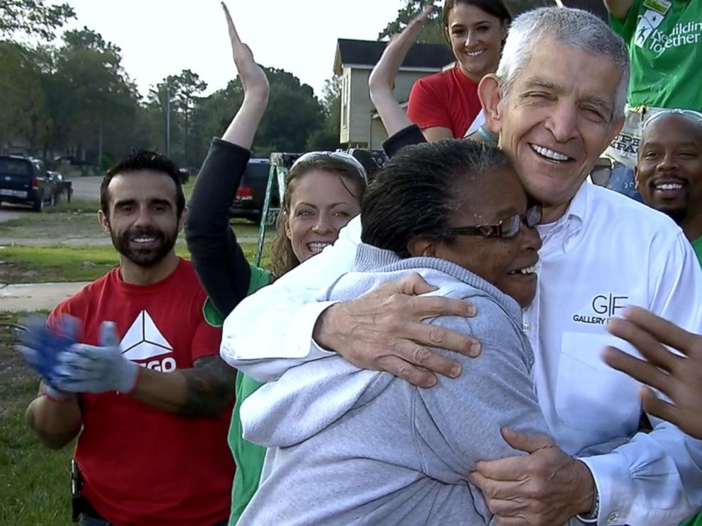 VIDEO: Mattress Mack to open up his furniture store to all on Thanksgiving