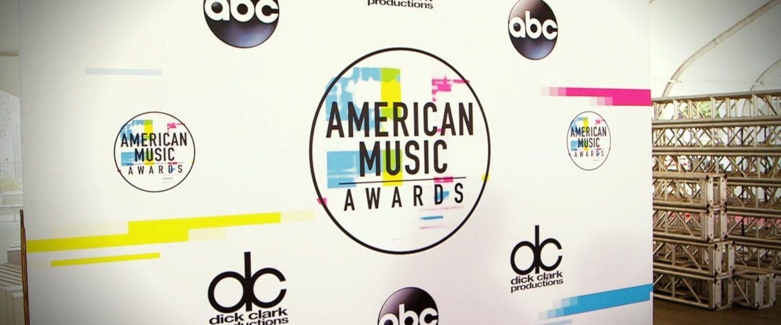 VIDEO: Behind the scenes of the 2017 American Music Awards