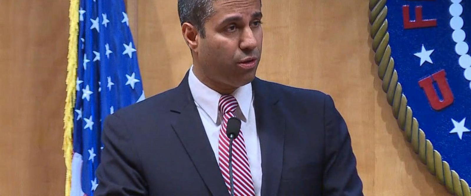 VIDEO: FCC votes to repeal net neutrality rules