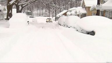 'VIDEO: More brutal weather for New Year's weekend' from the web at 'http://a.abcnews.com/images/GMA/171230_gma_marciano3_16x9_384.jpg'