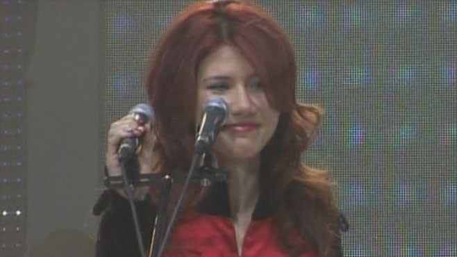 VIDEO: Ex-spy Anna Chapman joins youth wing of Vladimir Putin's United Russia party.