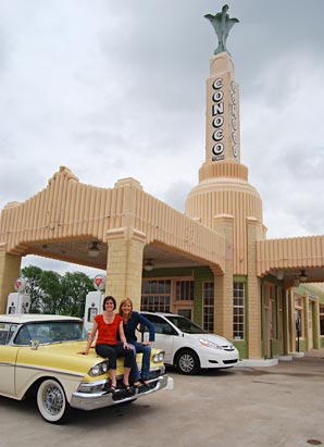GMA's Kate Snow and her sister take a trip along old Route 66