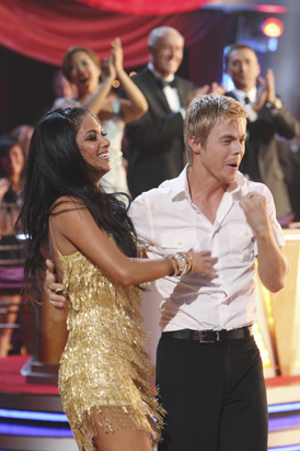 Nicole Scherzinger Wins 'Dancing With the Stars'