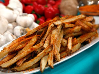 French fries with paprika-parmesan salt