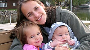Photo: Beth Larson and daughters