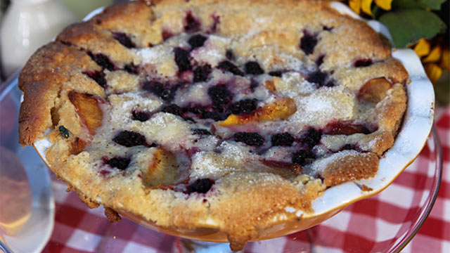 PHOTO: Ree Drummond's Patsy's Blackberry Peach Cobbler