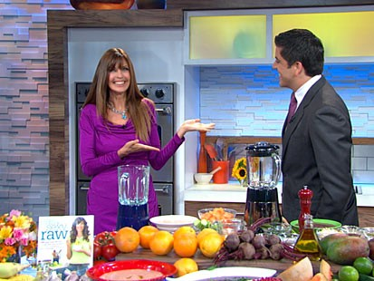PHOTO: Carol Alt prepares recipes from her book ?Easy Sexy Raw.?