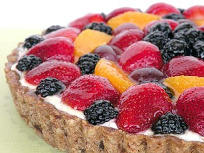 Chef Amy Green prepares a gluten-free fruit tart.